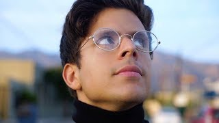 VIDEO: iPHONE X BY PINEAPPLE – Rudy Mancuso. Spoof on Latest Gadgets