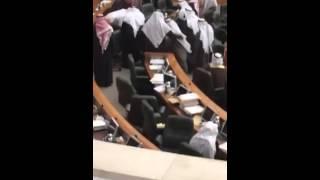 وفاة النائب نبيل الفضل داخل البرلمان الكويتي