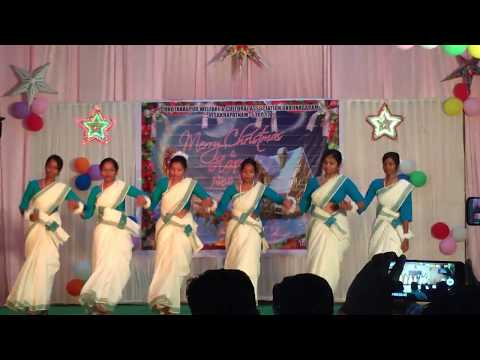 Video Nagpuri dance by girls on ChrisTmas eve download in MP3, 3GP, MP4, WEBM, AVI, FLV January 2017