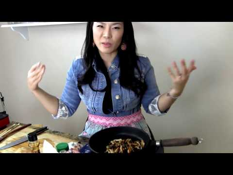 Soup Recipe : Vegetarian Rice Cake Soup Recipe (Vegetable) : Korean Food : Asian at Home