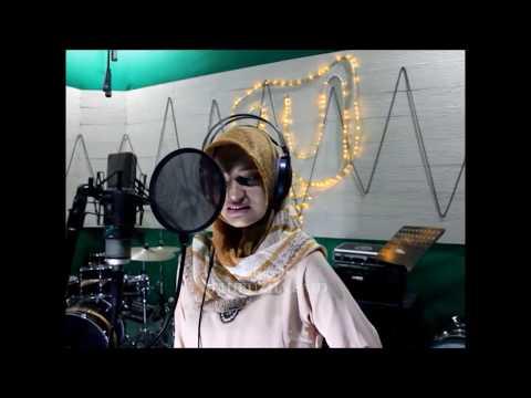 Video Chori Kiya Re Jiya (Cover) Ost. Dabangg, Puja Syarma download in MP3, 3GP, MP4, WEBM, AVI, FLV January 2017