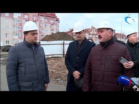 Андрей Никитин сегодня проинспектировал ход строительства школы на улице Белорусская
