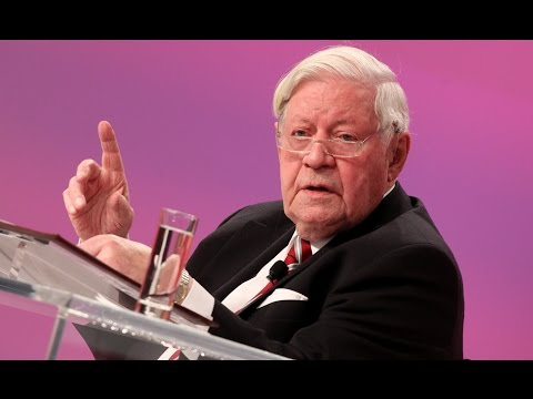 schmidt - Altkanzler Helmut Schmidt sprach in einer bewegenden Rede zu den Delegierten und Gsten des SPD-Bundesparteitages. In seinem Pldoyer fr Europa ruft er den ...