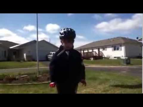 Little Kid Delivers Motivational Speech After Learning How To Ride His Bike