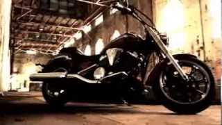 9. 2014 Yamaha 2014 Yamaha V Star 950 Official Walkaround