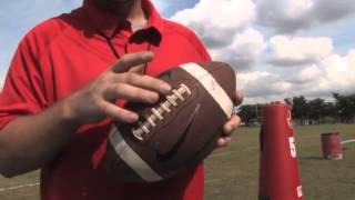Video How to throw a Football - Football Tips MP3, 3GP, MP4, WEBM, AVI, FLV Oktober 2018