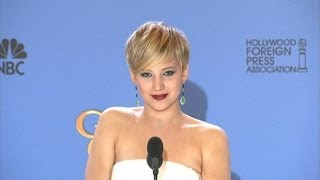 Jennifer Lawrence Charms in the Golden Globes Press Room!