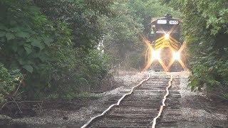 Video World's Worst Maintained Railroad: Napoleon, Defiance, & Western MP3, 3GP, MP4, WEBM, AVI, FLV Oktober 2018