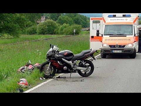 Ernsthausen: Mann stirbt bei Motorradunfall