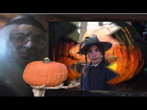 Histoire drôle d'Halloween de citrouilles et de sorcières et déguisements