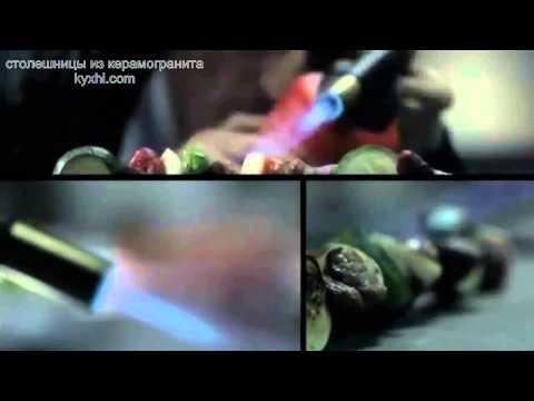 Столешницы керамогранит - испытание крутыми парнями