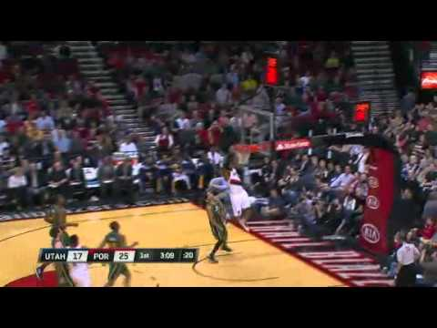 Matthews to Aldridge alley-oop dunk against Jazz