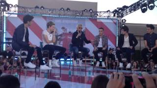HD One Direction first time ever on Ellen: Entrance & Interview!