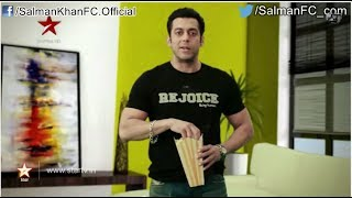 Salman Khan tells us how to make good use of the remote control. Hear what he has to say! Salman Khan tells you why you should watch the STAR Guild Awards while munching on some tasty popcorn. Salman Khan asks Karan Johar who he would like to be if he was a woman. Hear Karan's interesting reply! Catch the STAR Guild Awards on the 2nd of February at 8 PM on STAR PlusFor More Updates LOG ON TO http://www.salmankhanfc.com Join us on Facebook: http://www.facebook.com/SalmanKhanFC.OfficialFollow on twitter: http://twitter.com/SalmanFC_com