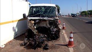 Motorista na contramão causa acidente na Rondon em Bauru