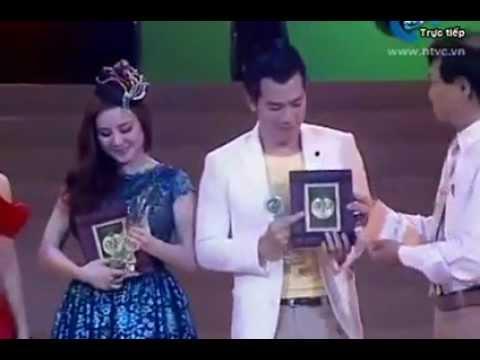 Vy Oanh – nhận giải ca sĩ triển vọng Làn sóng xanh 2012
