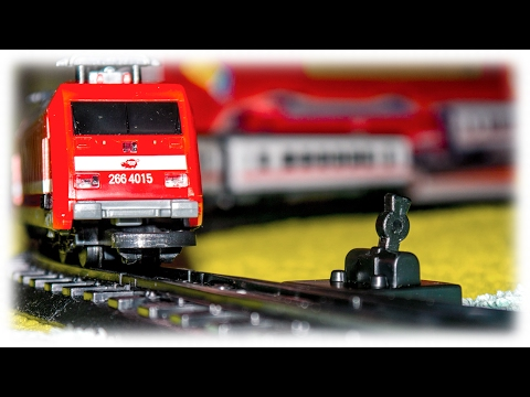VIDEO FOR CHILDREN - Red City Train Toy Model Railway Passenger Trains | Красный Поезд Игрушка