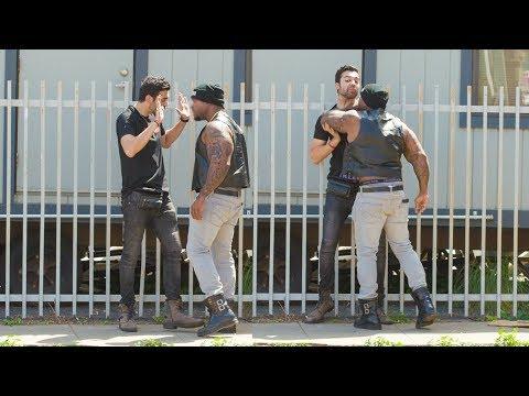 ELECTRIC SHOCK PEN PRANK PART 2! | HoomanTV (видео)