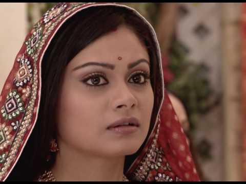 Zee World: Silver Lining Sundays!