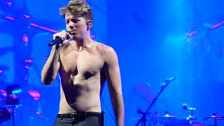 Charlie Puth - Boy (2018 Voicenotes Tour w/ Hailee Steinfeld - Boston, MA)