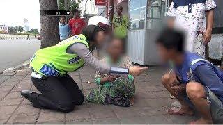 Video Rela Jalan Jauh Demi Bela Anaknya, Anak Ini Malah Membentak Ibunya Depan Umum - 86 MP3, 3GP, MP4, WEBM, AVI, FLV Januari 2019