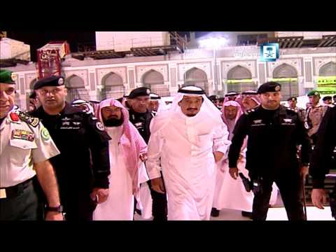 #فيديو :: #الملك_سلمان يتفقد موقع #رافعة_الحرم والمصابين