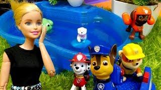 #PawPatrol bugün ormanda çalışacak. Barbie'nin köpeği kaçtı ve ormandaki batağa uğradı. Hızlı bir şekilde Ryder'a haber verelim Paw Patrol köpekçikleri çağıralım! Hayvan bakma oyunu severseniz izleyebilirsiniz! Hadi Chase, Rubble, Marshall, Zuma, Skye, Rocky, Everest başlayalım! #BiBaBuOyunDiyarıOyun Diyarı TV eğitici ve öğretici yeni çizgi filmlere ve çocuk videolara kolaylıkla ulaşabilirsiniz. Eğlenerek  ve öğrenmek için en güzel çizgi filmler ve videolar. Bizim üyemiz olun, yeni çizgi filmleri kaçırmayın. Bizi Facebook'ta takip ediniz:https://www.facebook.com/Oyuncu-TV-511681979002646/https://www.facebook.com/bebeturktv/Vkontakte :https://vk.com/kapukikanukihttps://vk.com/bebeturk