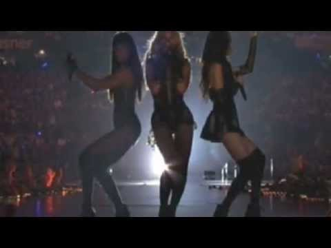 beyonce - Beyonce / Destiny Child preforming Superbowl Halftime Show (CBS) COPYRIGHTS BELONG TO CBS AND THE NFL.