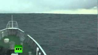 Video Tsunami Climbing: Incredible video of ship heading into wave in Japan MP3, 3GP, MP4, WEBM, AVI, FLV November 2018