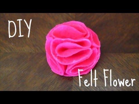 come realizzare un fiore in feltro