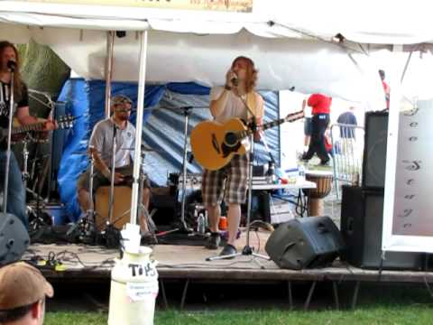 Eleanor Rigby covered by Vinny Bex Dae @ Summerfest 2010