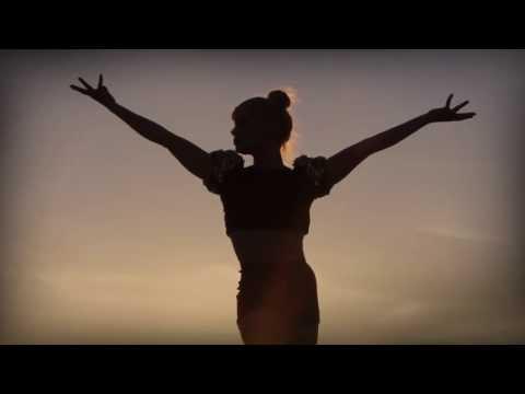 Video Om Namah Shivaya Mantra // Yoga & Meditation - 108 times, peaceful chanting by Julia Elena download in MP3, 3GP, MP4, WEBM, AVI, FLV January 2017