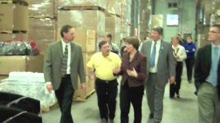 Baxter (MN) United States  city photos gallery : Senator Klobuchar's 'Made in America' tour of Lindar Corp in Baxter - Brainerd Dispatch MN