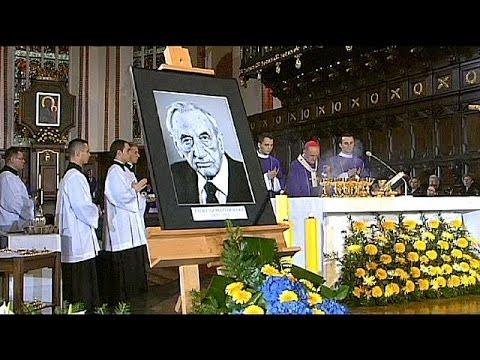 Polonia: funerali dell'ex premier Mazowiecki