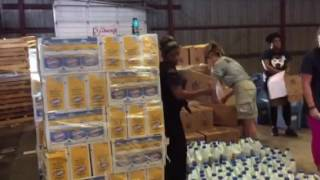 Stage Stores helping Red Cross