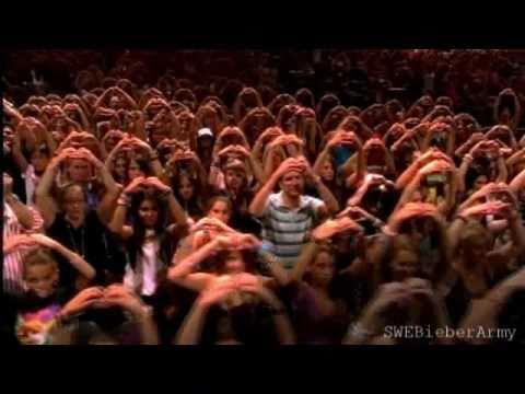 Justin Bieber - I See Love Everywhere