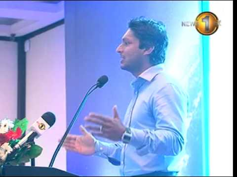 Sangakkara kisses his wife after winning World Cup