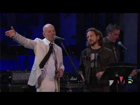 REM And Eddie Vedder (Pearl Jam) Man On The Moon [Live At Rock And Roll Hall Of Fame (1080p) FULL HD