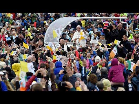 Irland: Papstbesuch endet mit mehrfacher Bitte um Ver ...