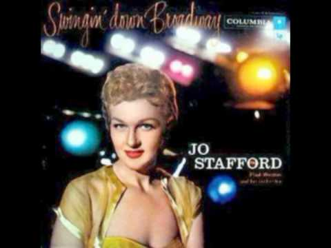 Tekst piosenki Jo Stafford - Old Devil Moon po polsku