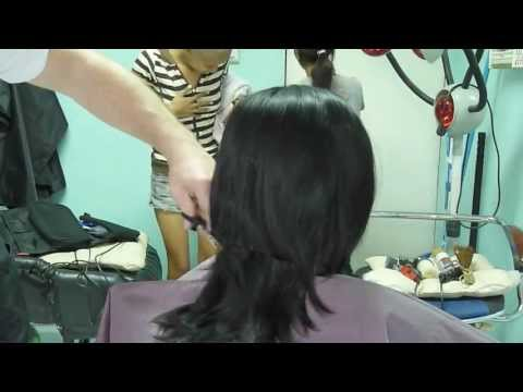 Girl barbershop haircut and headshave (видео)