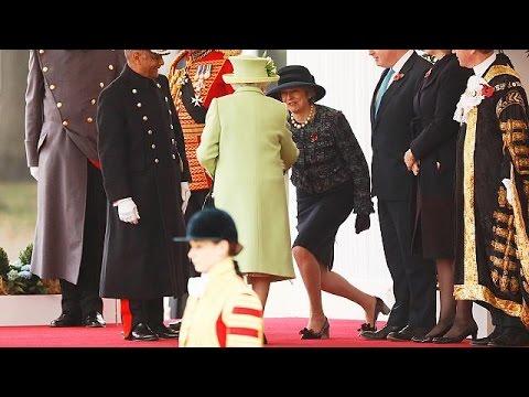 Πράσινο φως από τη Βασίλισσα Ελισάβετ για το Brexit