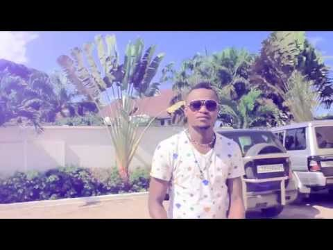 Clips Hommage a Babia : Mathy Kasongo et Mike Lokamba ba yembi ko leka ba musiciens