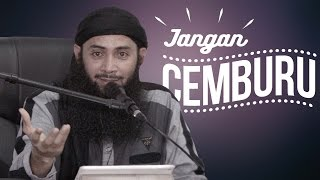 Video Jangan Cemburu - Ustadz Dr.Syafiq Bin Riza Basalamah.MA MP3, 3GP, MP4, WEBM, AVI, FLV Oktober 2018