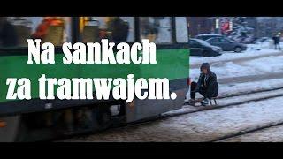 Elbląg: Na sankach za tramwajem – idiotów w kraju nam nie brakuje!