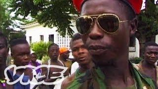 リベリア 混迷の原点(1)内戦による地獄絵図