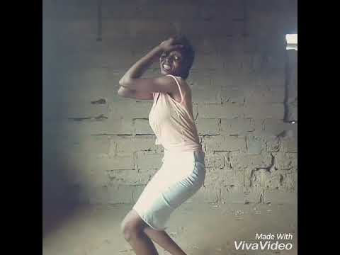 WO Dance By Ebira Girl
