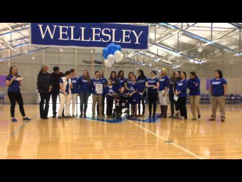 Wellesley Softball Signs Maeve from Team IMPACT