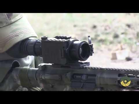 Дівчина   снайпер ЗСУ та її гвинтівка АТО, ВСУ