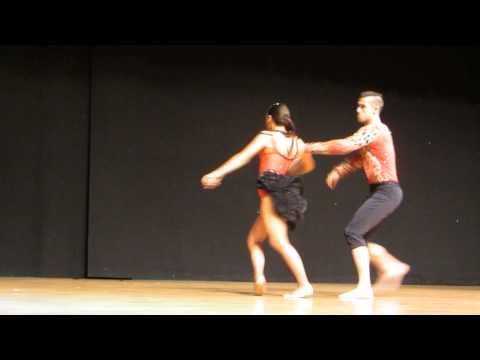KIKE Y FANIA Show en KIZOMBACHATA 2013 (видео)